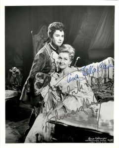 Elisabeth Schwarzkopf and Lisa Della Casa double signed photo in Der Rosenkavalier