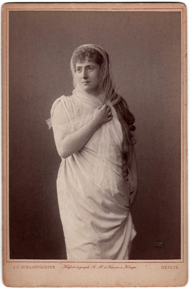 Rosa Sucher as Isolde